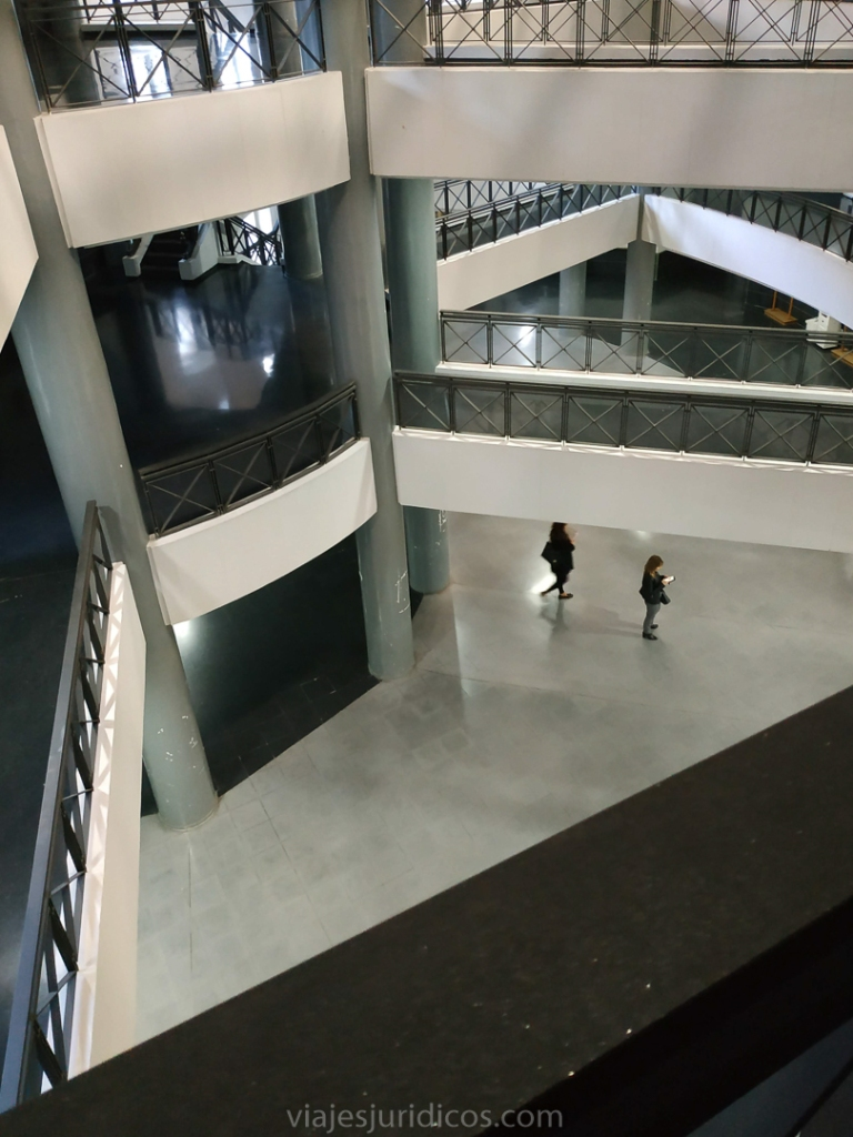 interior Juzgados Alicante pasillos